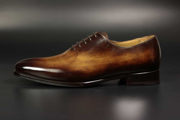 Oxford shoes.  www.justsostyle.net