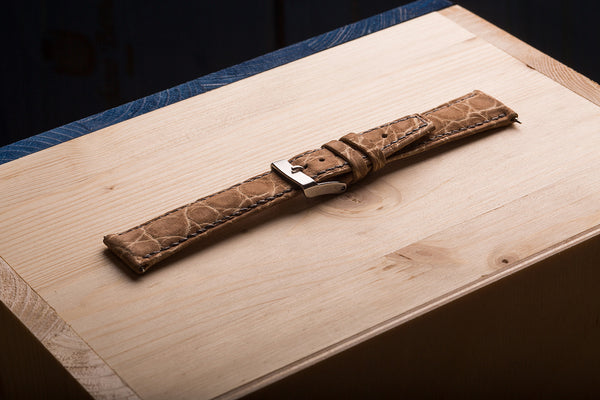 watch straps from alligator skin. www.justsostyle.net