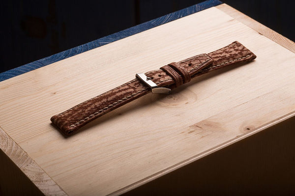 watch strap from shark skin. www.justsostyle.net
