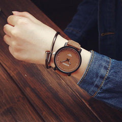 Leather Quartz Analog Wrist Watch