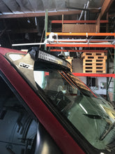 "Load image into Gallery viewer, 1999+ Ford F250 / F350 / Excursion 50"" Curved LED Bar Roof Mounts"