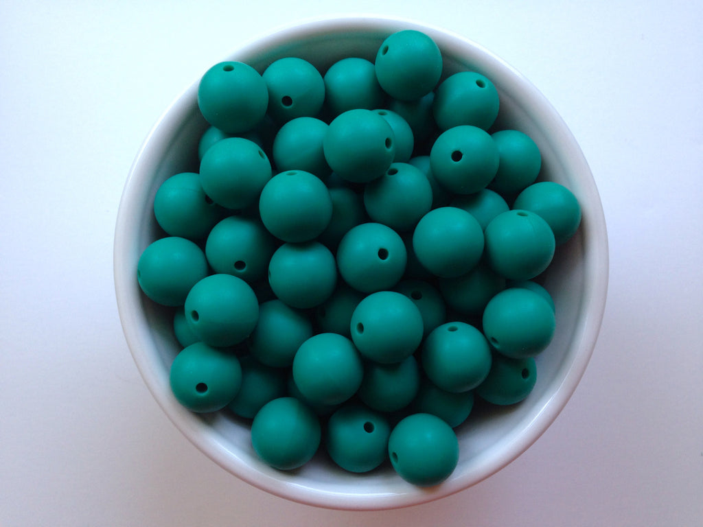 15mm Emerald Silicone Beads