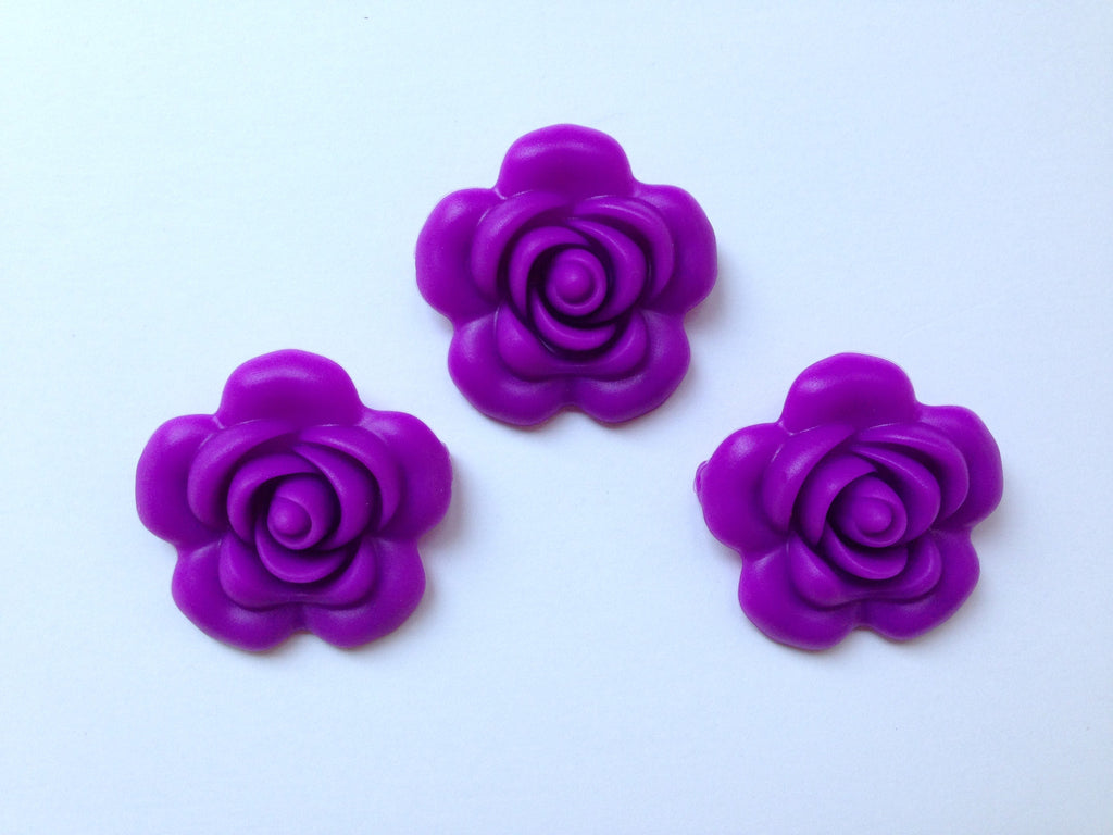 40mm Royal Purple Silicone Flower Bead