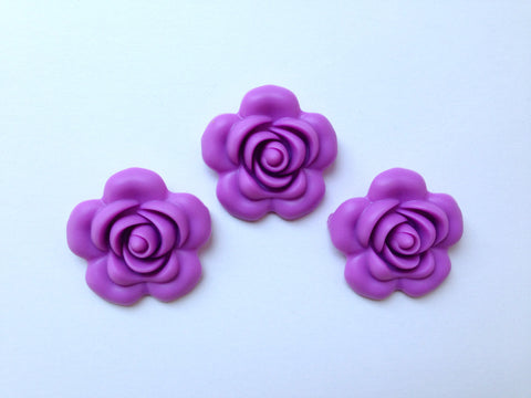 40mm Lavender Purple Silicone Flower Bead