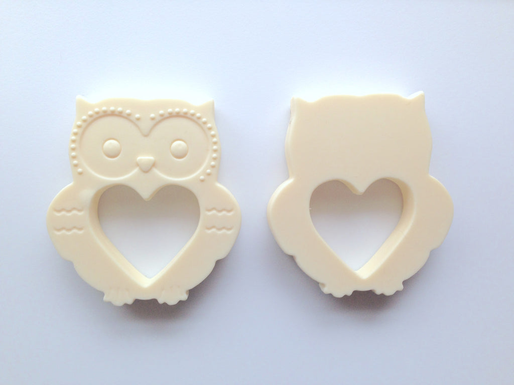 Vanilla Mini Owl Silicone Teether