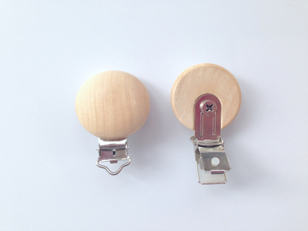 Natural Wood Round Pacifier Clips