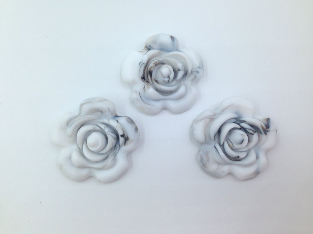 40mm Marble White Silicone Flower Bead