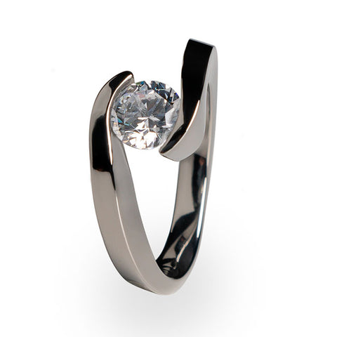 Stella Solitaire Engagement Titanium Ring
