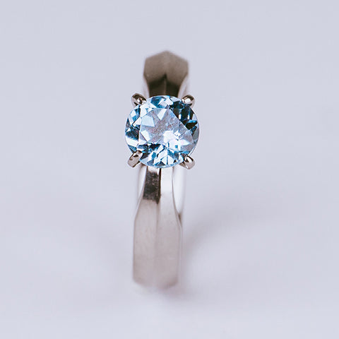 Cleopatra with Aquamarine