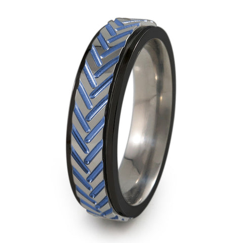 Chevrons Titanium Fidget Ring |  Black edge/natural silver color spinner and colors
