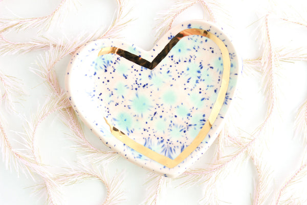 Cotton Candy Heart Ring Dish with Gold Outline