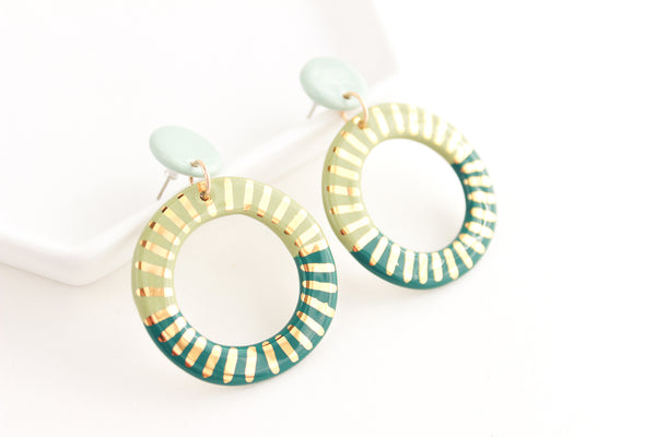 NEW! Tri-Color Big Round Sunburst Cutout Statement Earrings