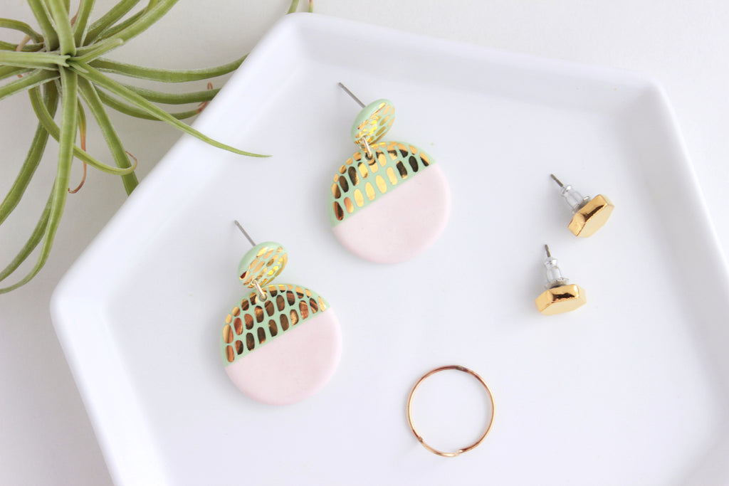 Valentine Collection / Colorblock Dash Round Statement Earrings