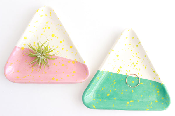 Color Block Splatter Triangle Ring Dish