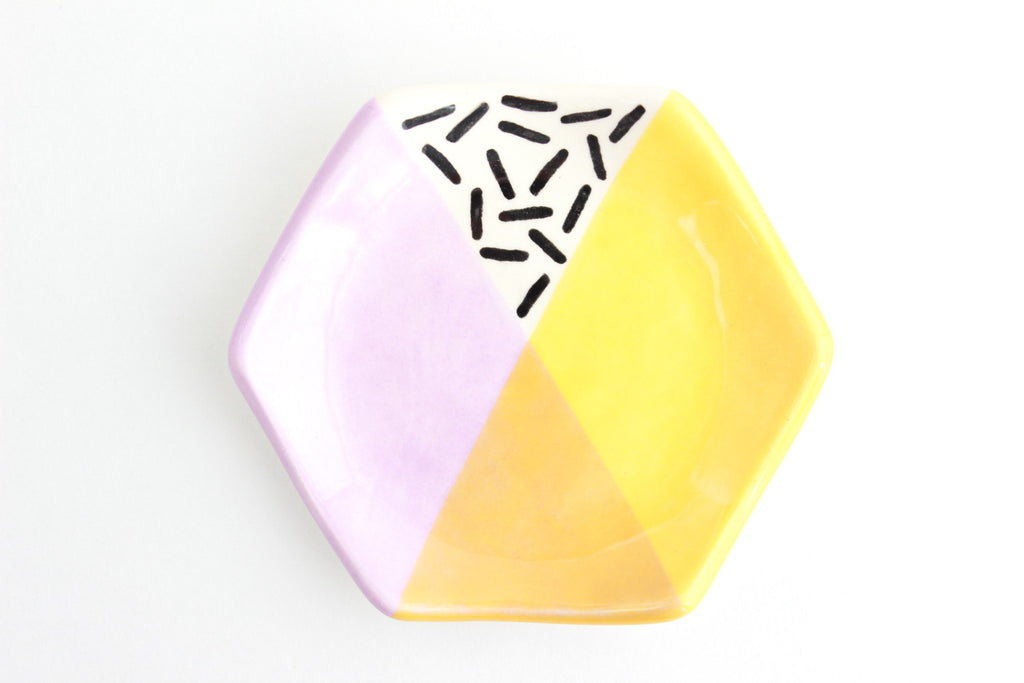 Hexagon Color Block Patterned Ring Dish