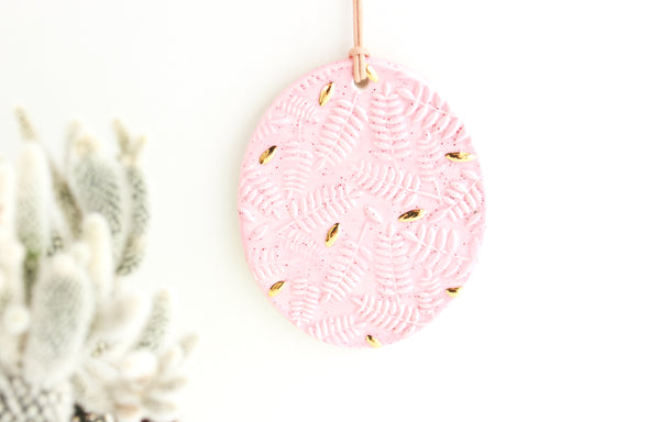 Pink Speckled Oval Fern Ornament/Mini Wall Hanging