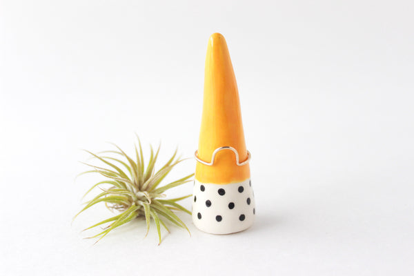 Color Block Patterned Ring Cone