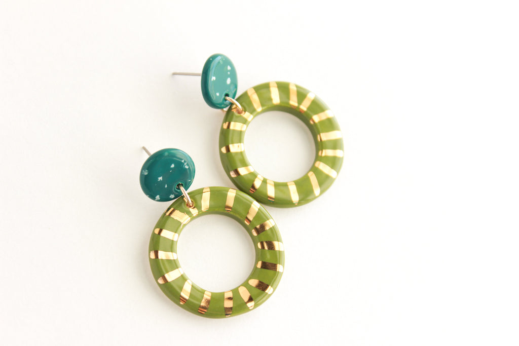 Teal Speckle/Olive Sunburst Round Cutout Statement Earrings