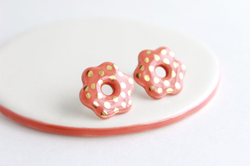 NEW! Cutout Flower Stud Earrings / Flower Collection