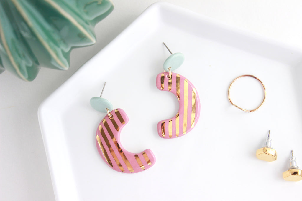 NEW! Striped Sideways Half Circle Cutout Statement Earrings