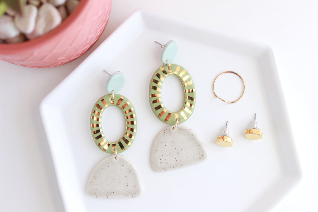 NEW! Triple Sunburst Oval Cutout Statement Earrings