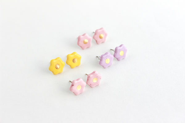 Mini Flower Stud Earrings / Flower Collection