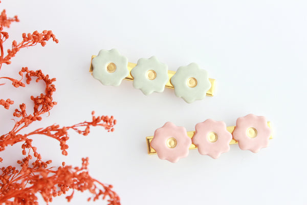 NEW! Matte Flower Hair Clip Set