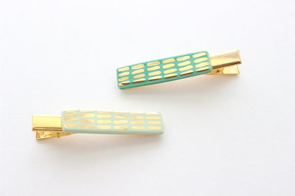 NEW! Green Dash Bar Hair Clip Set