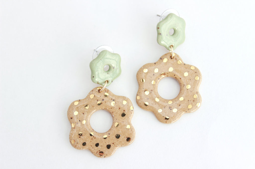 NEW! Gold Dot Cutout Stoneware Flower Statement Earrings