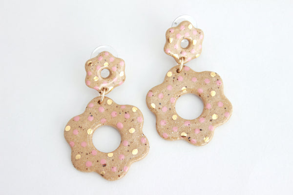NEW! Colored Dot Cutout Stoneware Flower Statement Earrings