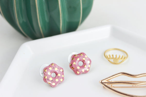 Cutout Flower Stoneware Stud Earrings