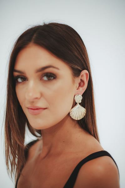 LARGE SHELL EARRING - GOLD