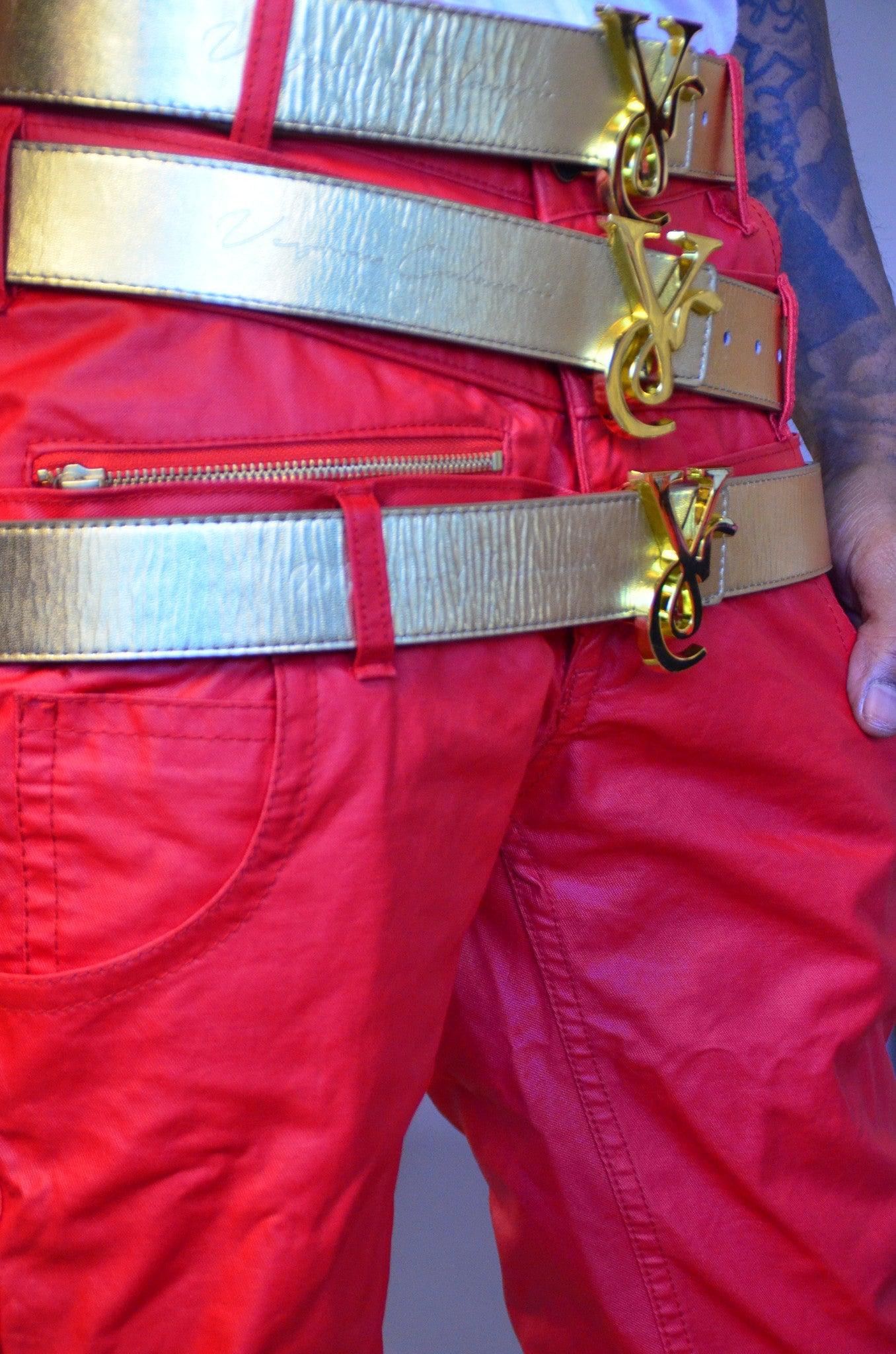 28e5a9fe0 VC 24K Gold Buckle with Red   White Reversible Leather Belt Strap - Veyron  Calanari