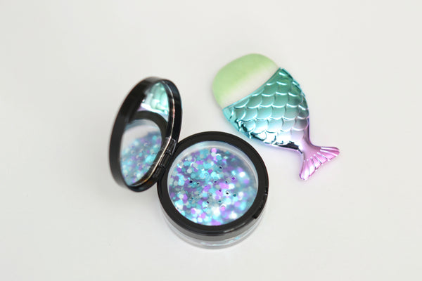 Compact and Mermaid Brush