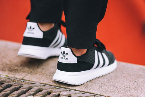 Adidas Womens Flashback Sneakers in Black & White