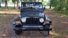 Load image into Gallery viewer, 2000 Jeep Wrangler
