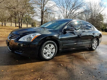 Load image into Gallery viewer, 2011 Nissan Altima SL