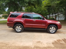 Load image into Gallery viewer, 2007 Toyota 4Runner SR5 4x4 - 1 owner