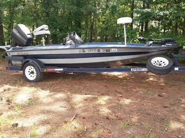 1995 Sprint 17 foot fiberglass boat with 90 Mercury Force motor