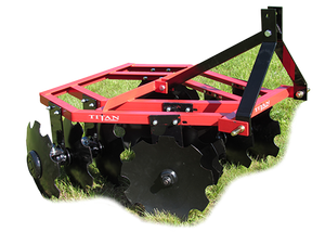 Titan 7100 Series Disc Harrows