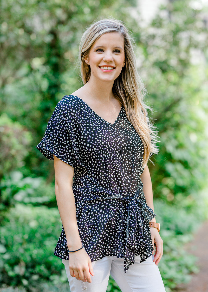 black and white spotted top - epiphany boutiques