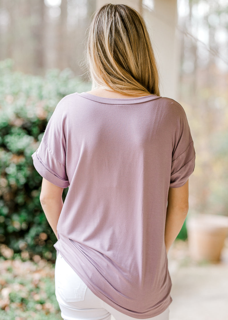 boyfriend tee in lavender with pocket - epiphany boutiques