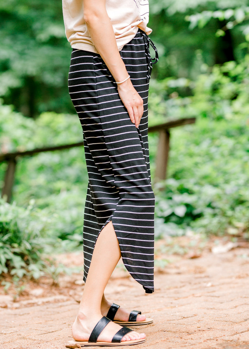 skirt with slit on sides - epiphany boutiques