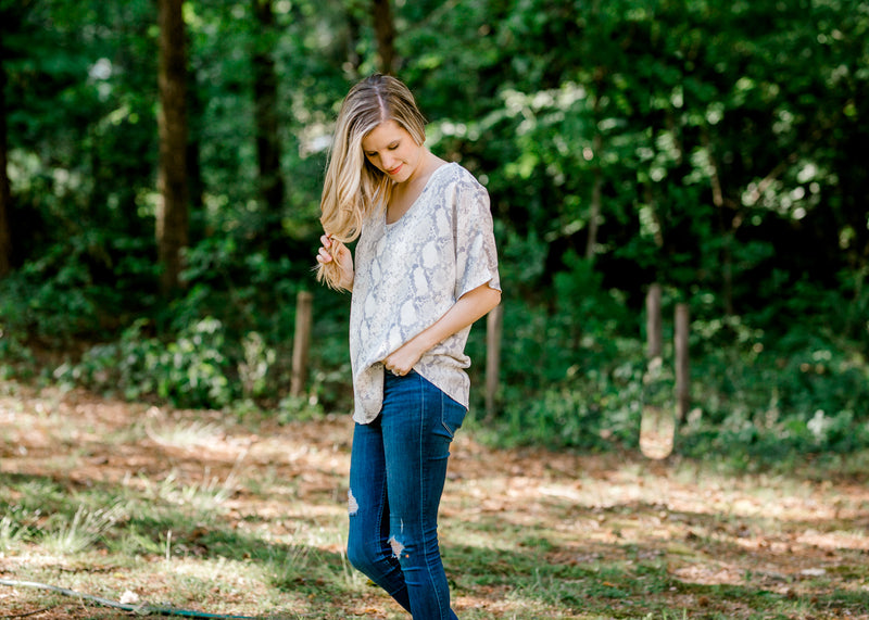 faded short sleeve top - epiphany boutiques