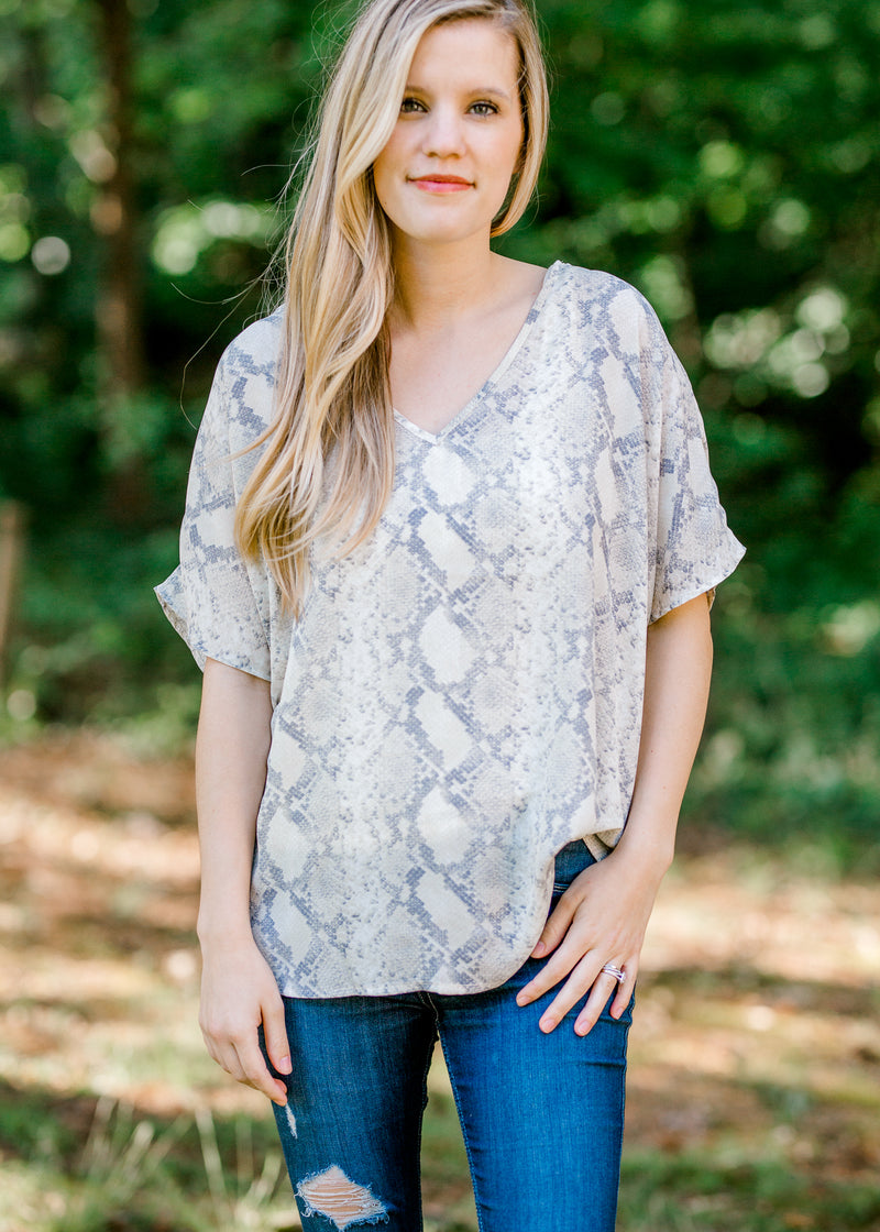 snakeskin short sleeve top - epiphany boutiques