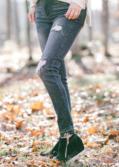 gray skinny jeans - epiphany boutiques