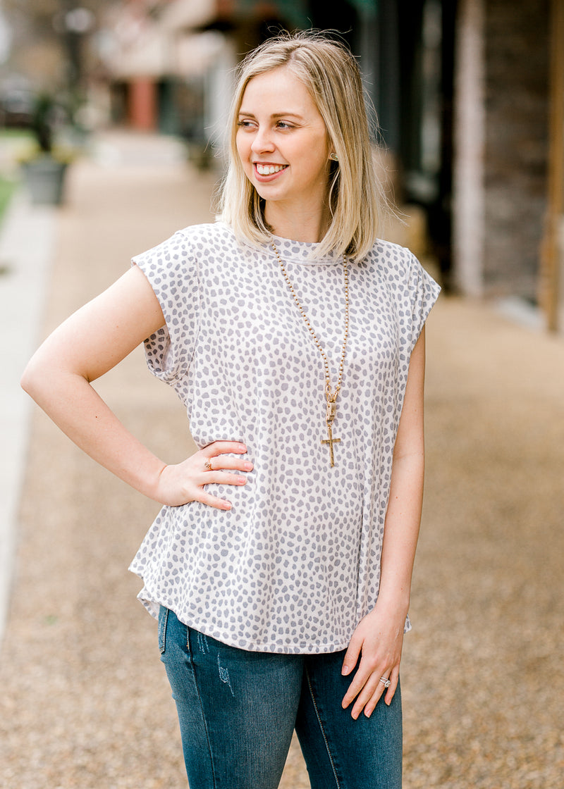 grey and white dots top front view - epiphany boutiques