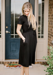 It's Easy Dress in Black
