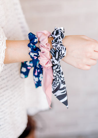 Jeannie's Bow Scrunchie Set