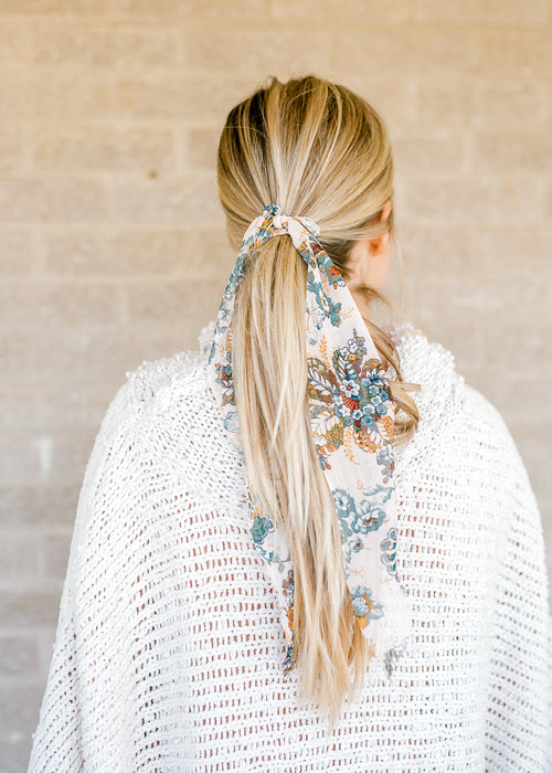 floral printed scrunchie - epiphany boutiques